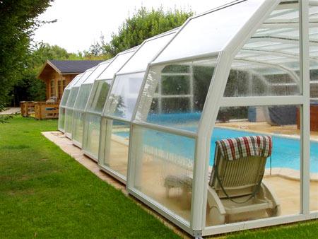 piscine paysage nos produits abris hauts t l scopiques. Black Bedroom Furniture Sets. Home Design Ideas