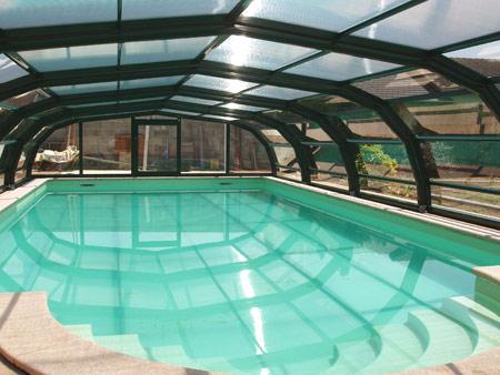 Abri de piscine télescopique ONDINE intermédiaire en 9 angles
